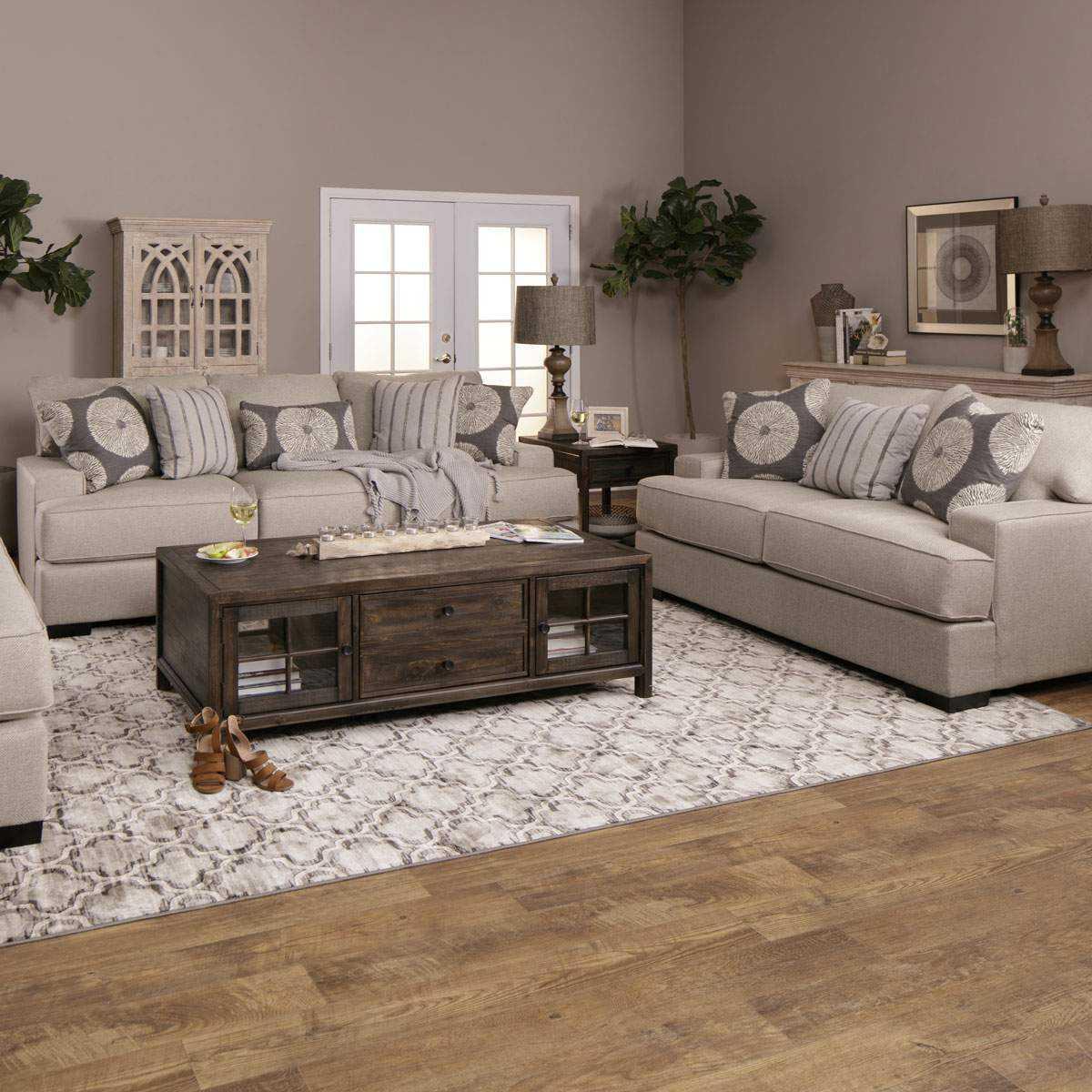 Wynwood Sofa & Loveseat